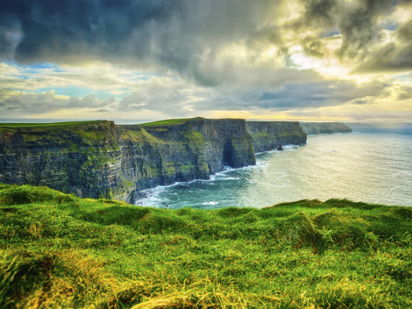 SOMOS Literary Pilgrimages, cliffs of Moher in Ireland